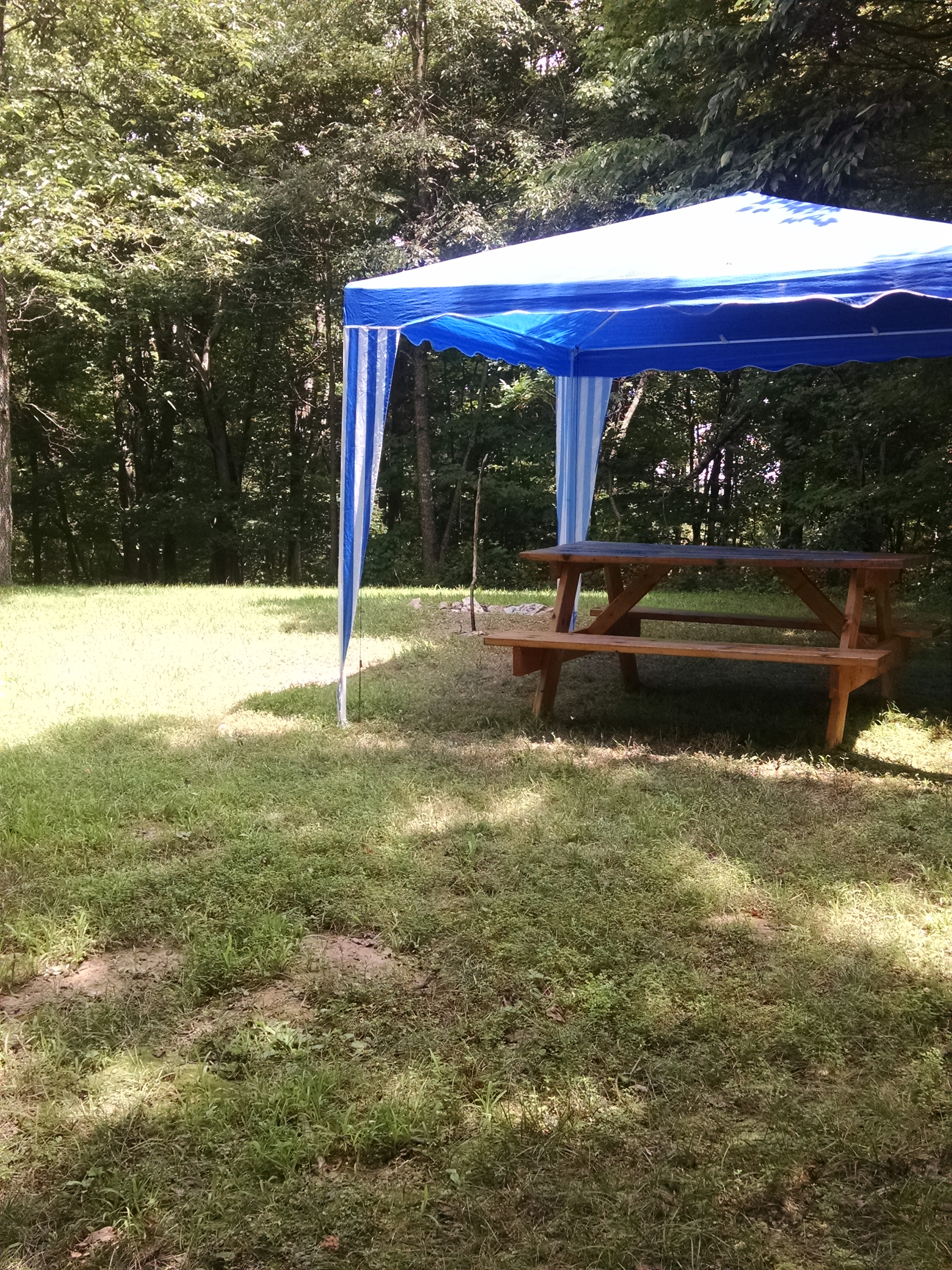 Wild Fire Meadow - Clean Campsites, private, dinning canopy and firepit