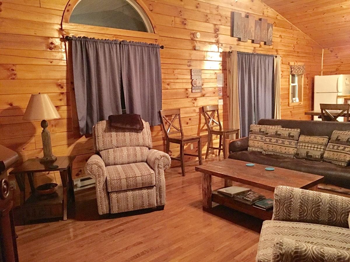 Forest Edge - Cozy livingroom.