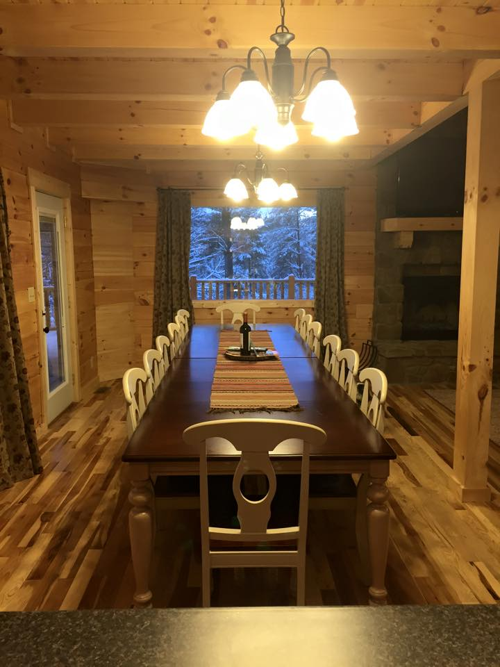 Hidden Lake Lodge Dining Table - Seats 14 around the table and 4 additional guests at the bar in kitchen.