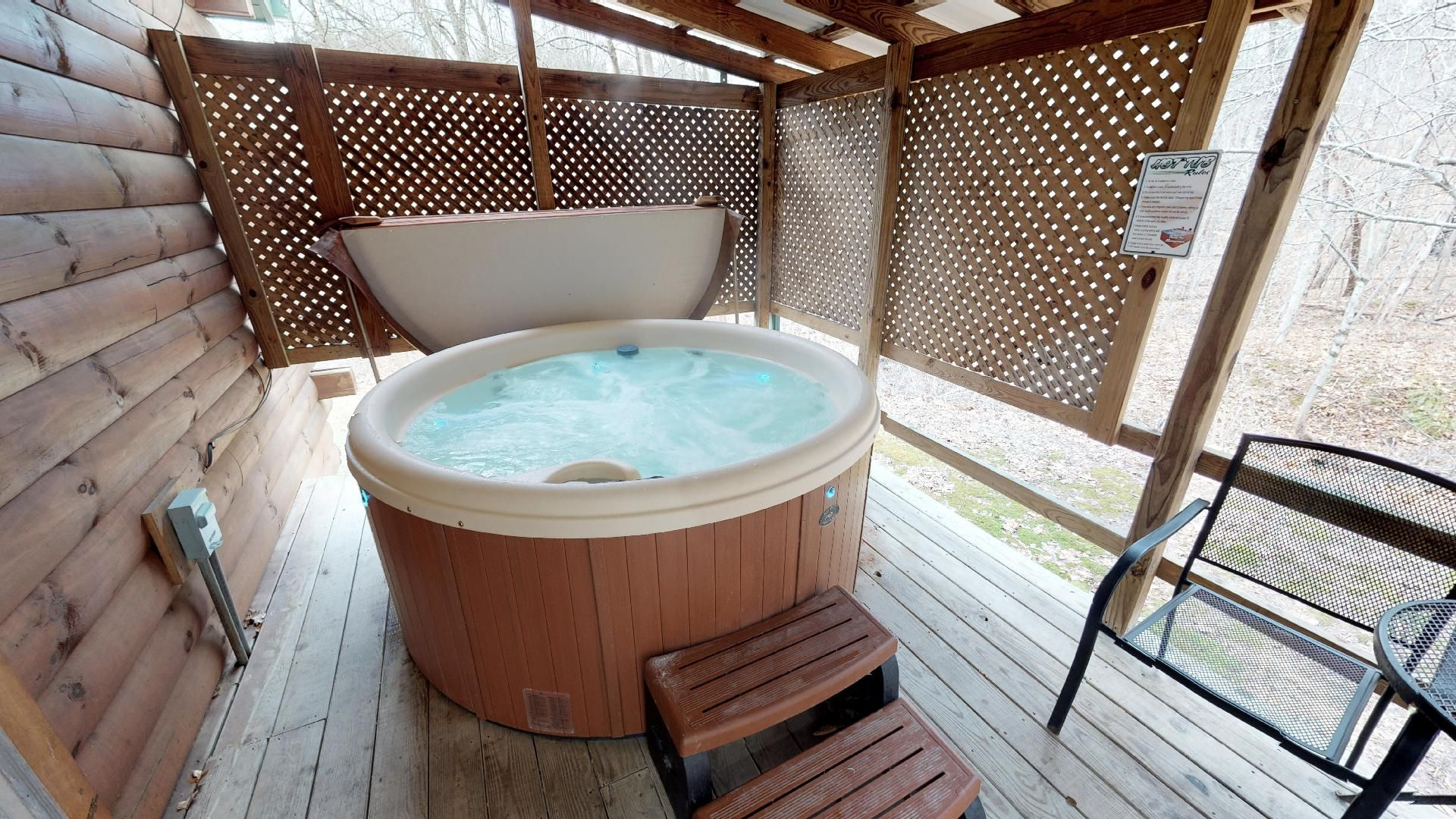 Briarwood Couples hot tub - Perfect for the two of you. Ultimate privacy on the back deck.