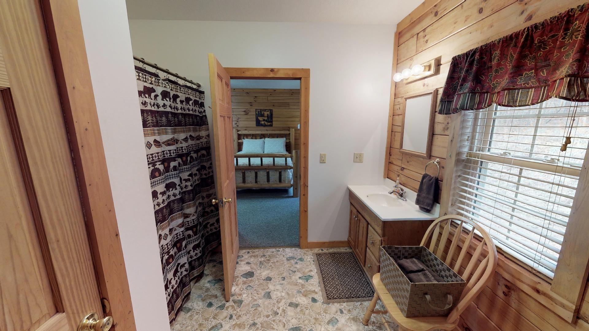Briarwood Bathroom - Full tub/shower combo.