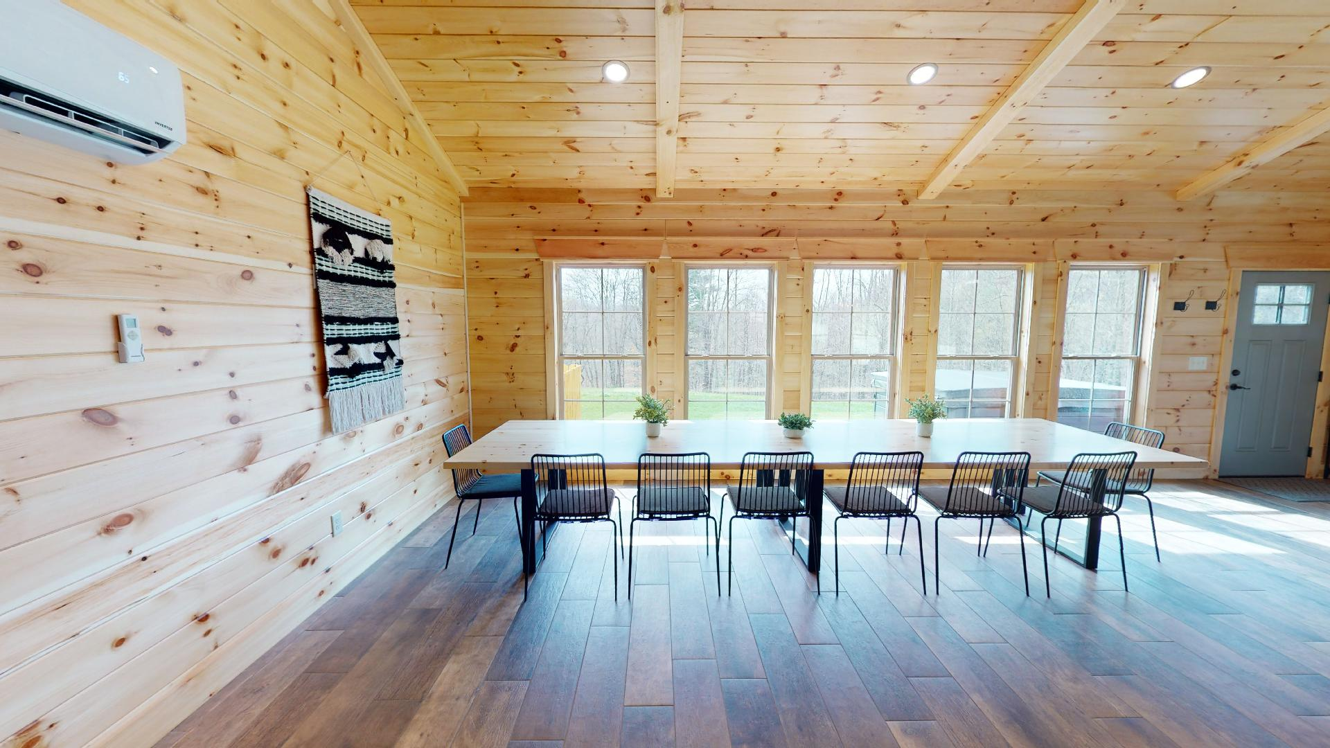 Revive Ridge Dining - View from kitchen into dining area. Comfortable seating for all 14 guests.