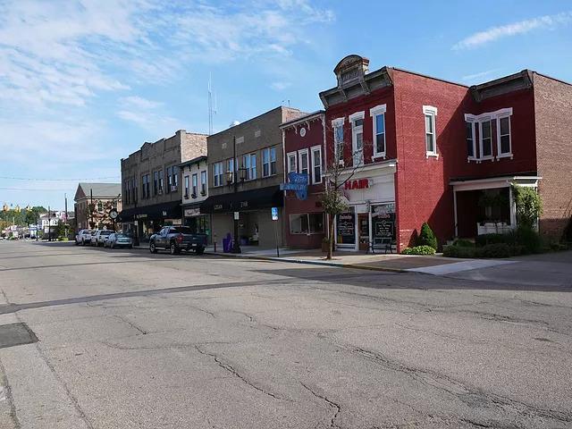 Photo 2253_11928.jpg - Downtown Logan Ohio