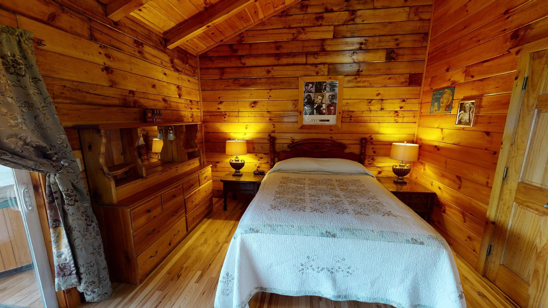 Yesteryear Bed - Queen bed.