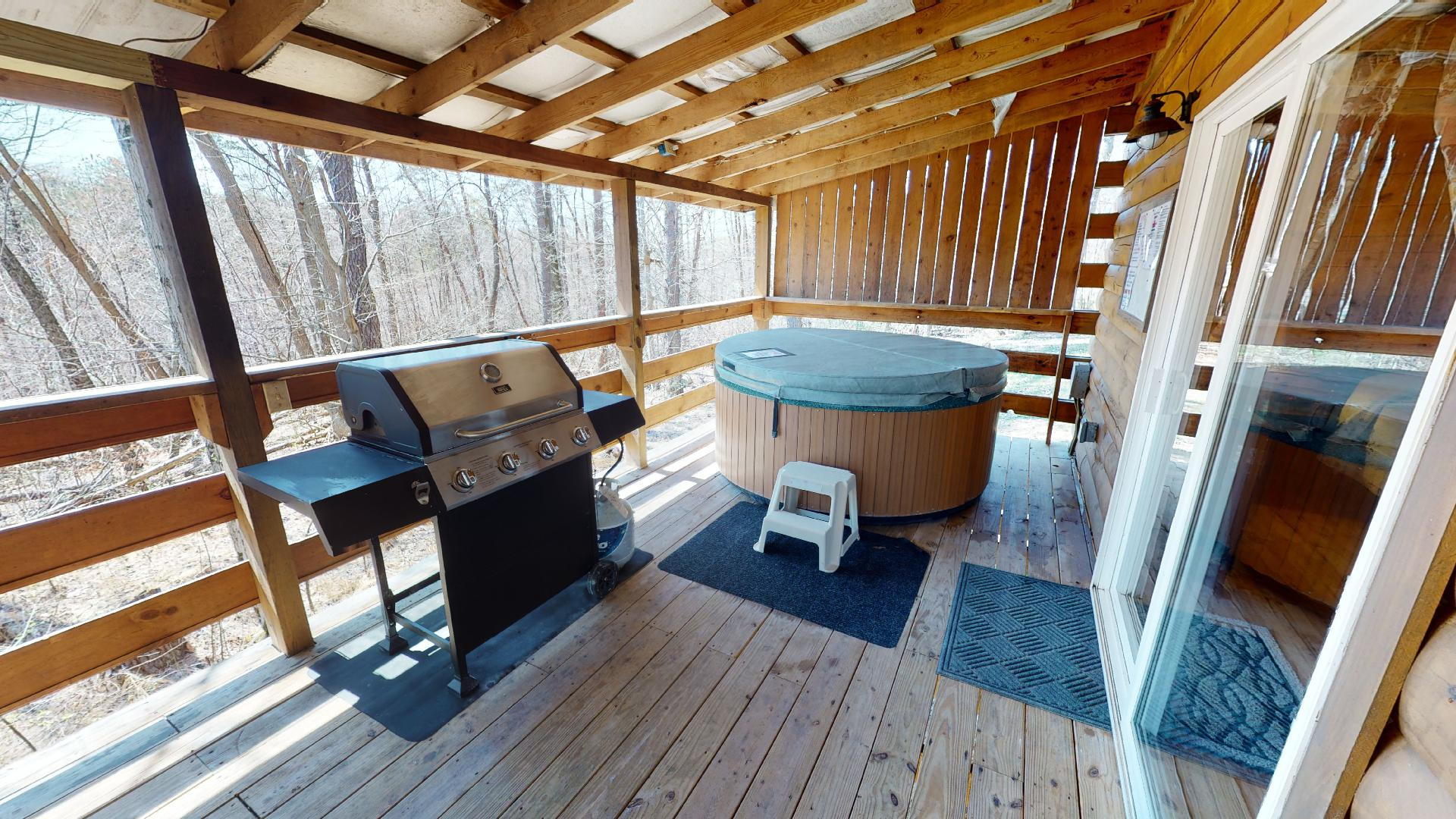 Yesteryear Back Porch - 2 person hot tub and propane grill on the private back porch.