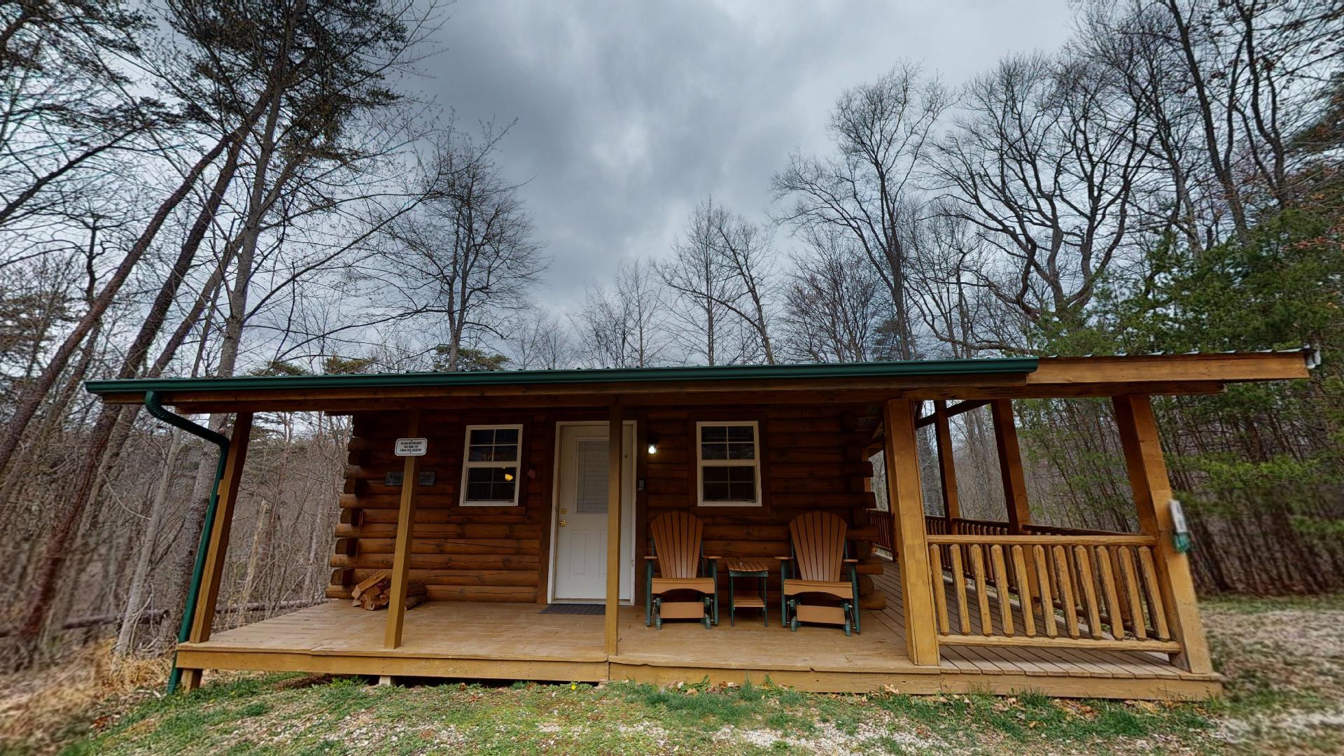 Photo 663_9190.jpg - Pet friendly under 30 lbs couples cabin.
