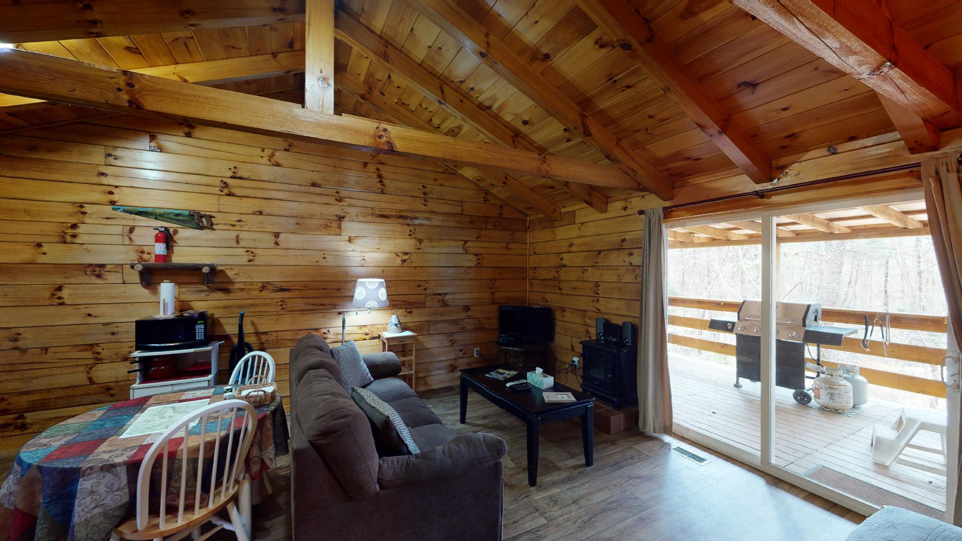 Trail Ridge Living/Dining - Eat in kitchen and living room view.